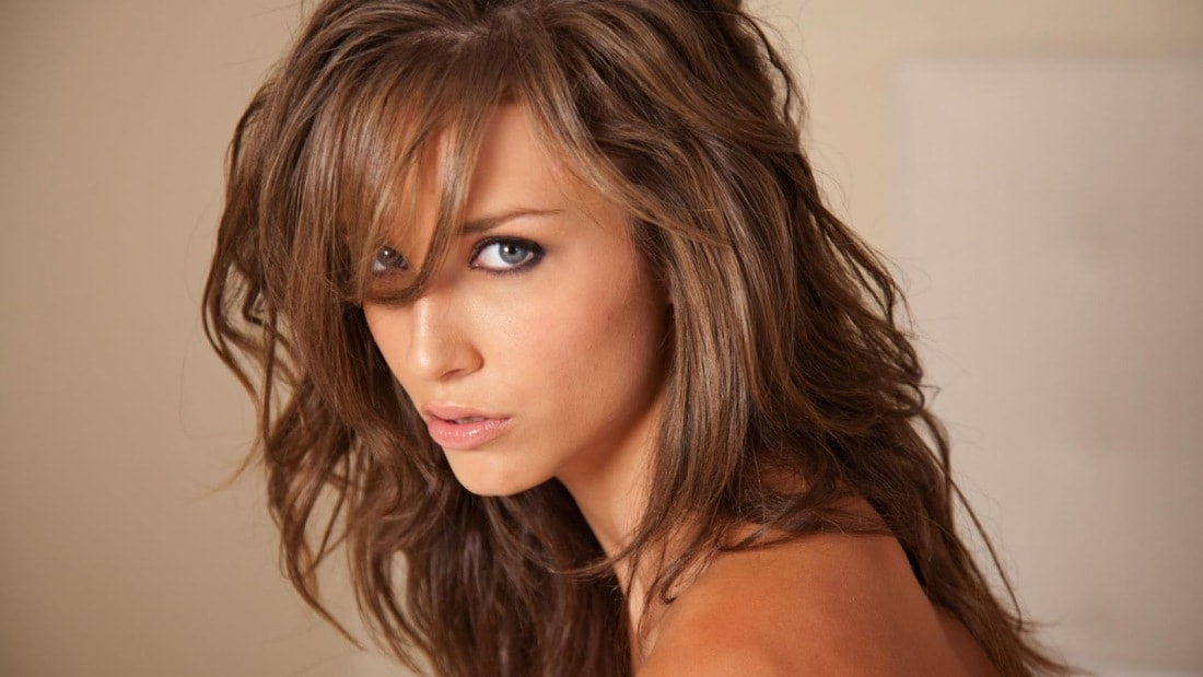 Malena-Morgan-Cute-Celebrity-1080p-Wallpaper-hd-min