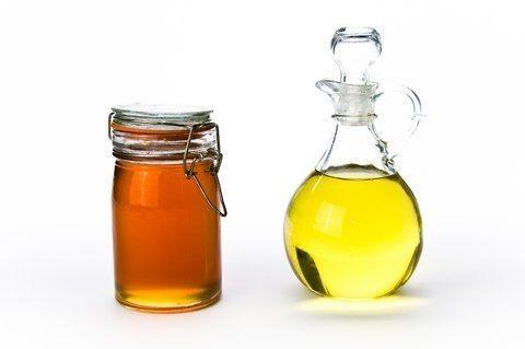 Помогает ли репейное масло для роста ресниц