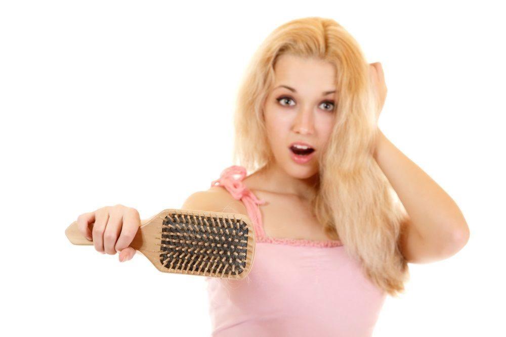 Каждый человек теряет в день до 100 волосков
