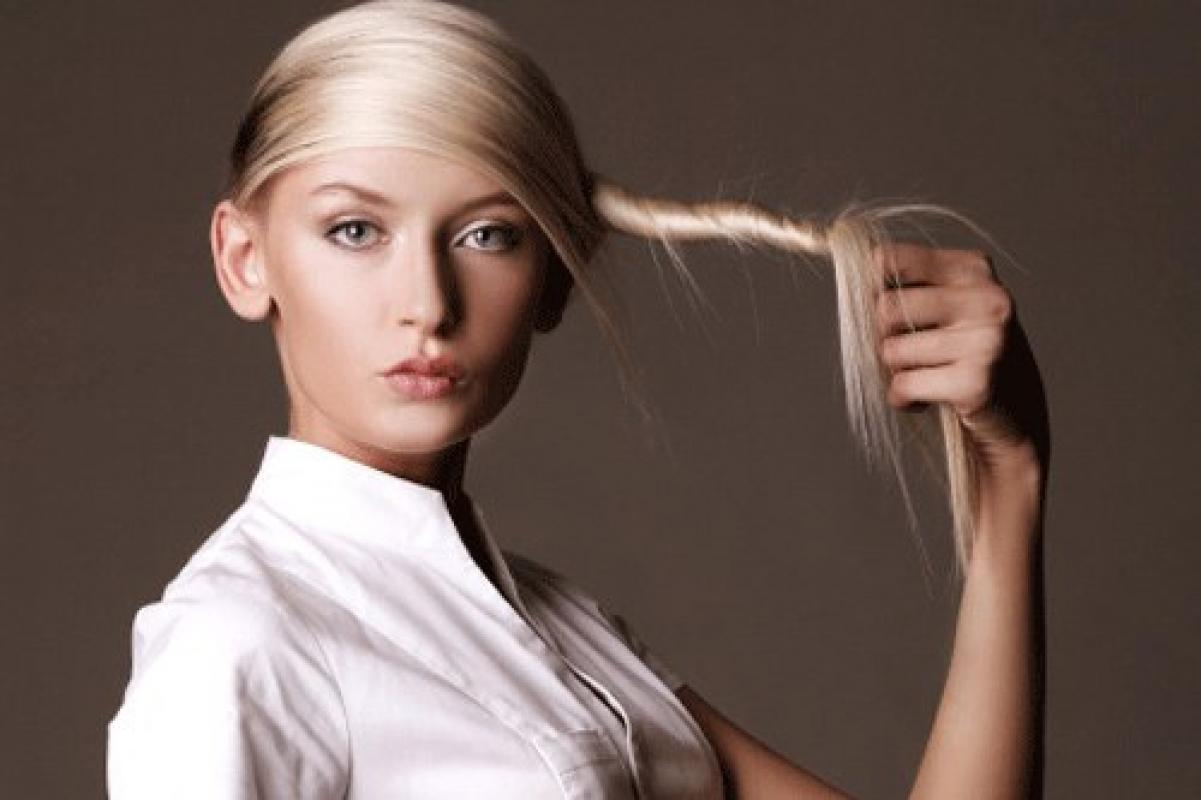 Что нужно делать, если стали сильно выпадать волосы: полезные советы