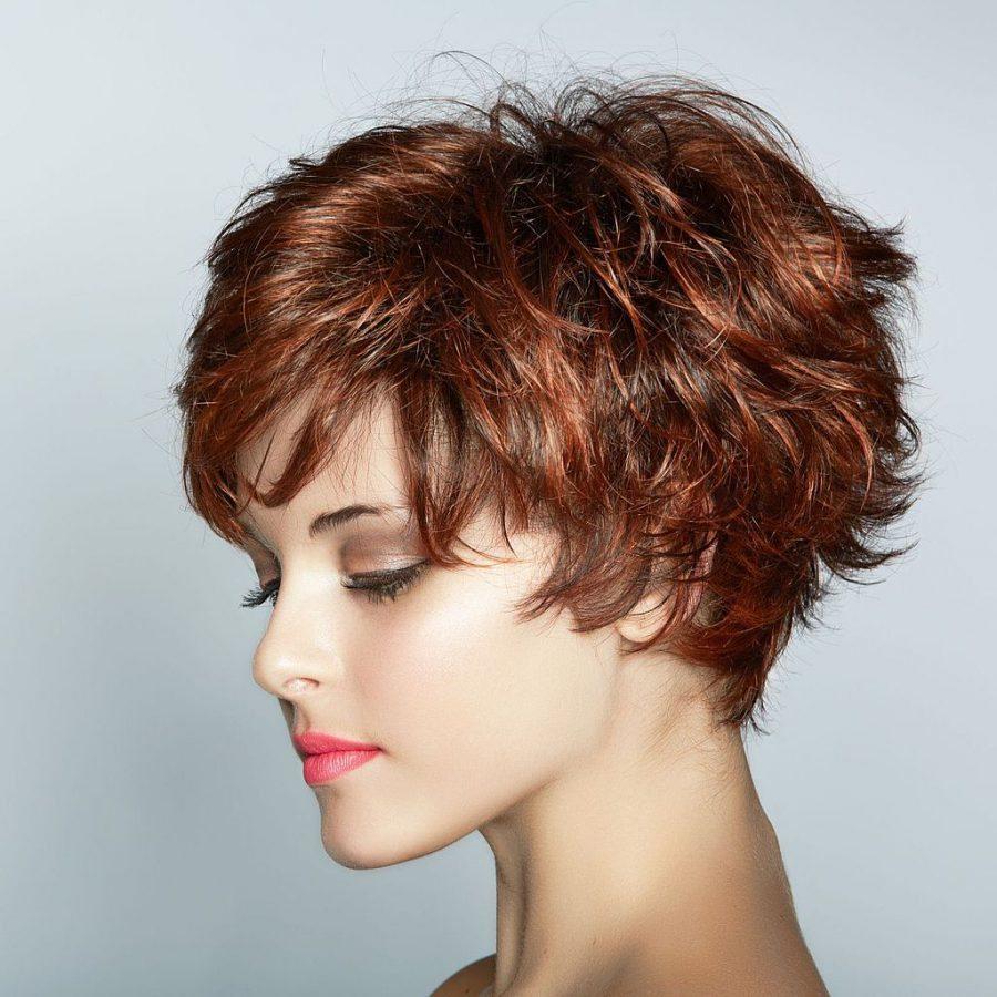 стрижка каре фото на волнистые волосы