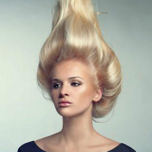 Объемные волосы создаются с помощью шампуня применение бигуди