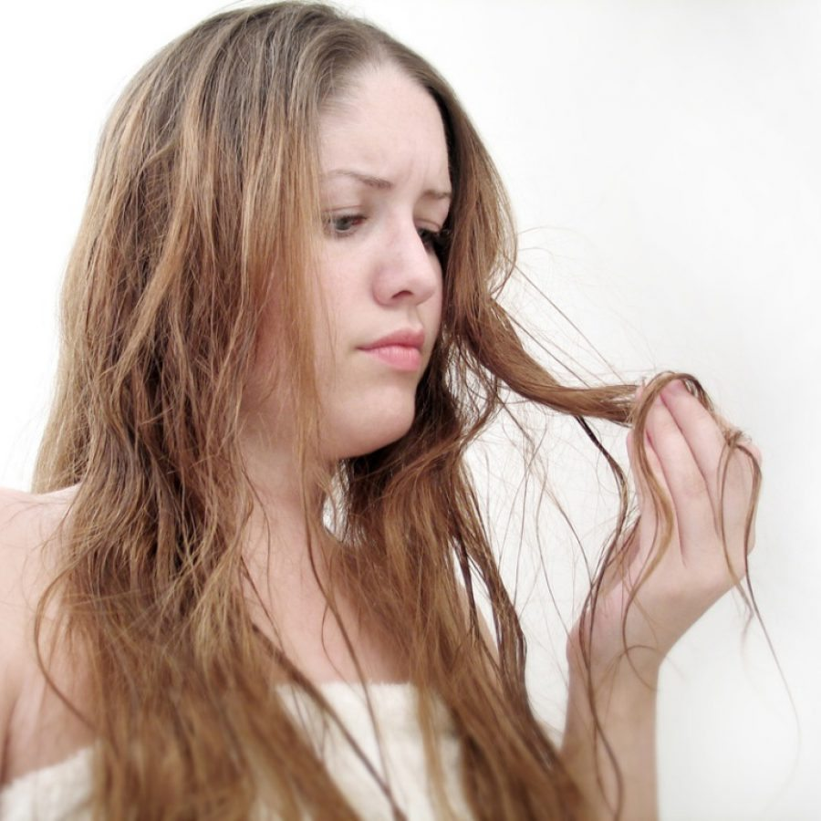 Почему волосы становятся ломкими