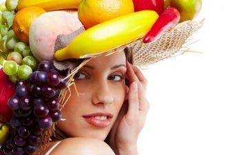 Витамины можно добавить в шампунь для здоровья волос