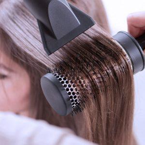 просушивание феном и укладка тонких волос