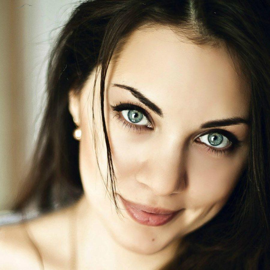 Цвет волос для тёмно-зелёных глаз