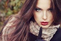 Выбор оттенка волос для зеленых глаз