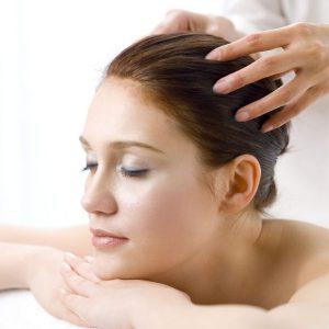 массаж головы можно делать щеткой