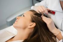Лечение выпадения волос может выполнять не только плазмотерапия