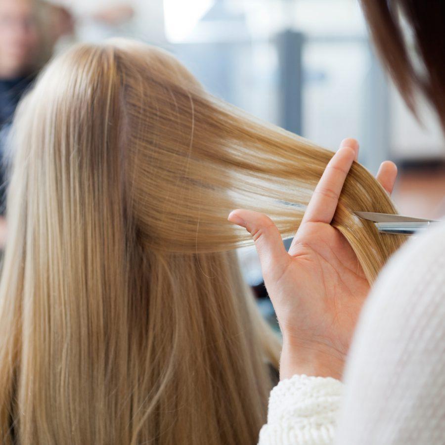 Стрижка волос процесс