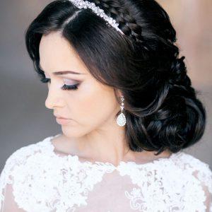 Стрижки высокие для свадебного торжества