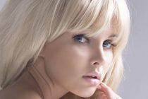 Процесс осветления волос ускоряется при воздействии высокой температуры.
